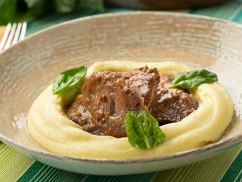 Beef cheeks with potato puree