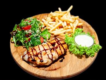 """Chicken steak with """"Mozzarella"""""""