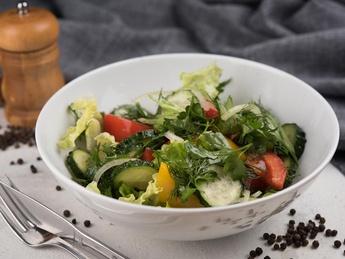 Salată cu legume