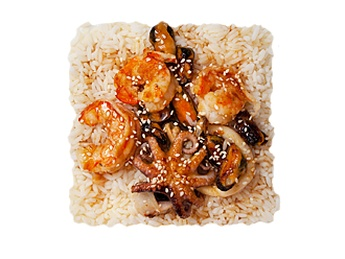 Steam rice with sea-fruits [35]