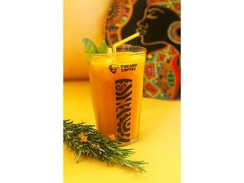 Limonada Cancun with orange