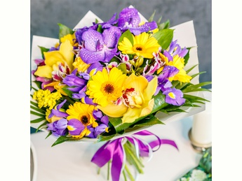 Yellow-purple bouquet