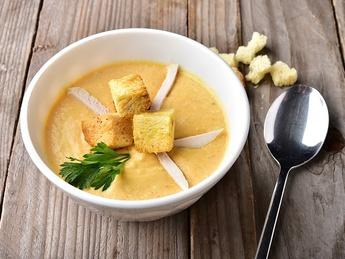 Supă-cremă de pui