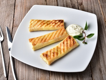 Clătite cu brânză și stafide