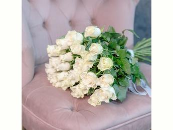 White roses 40-60 cm
