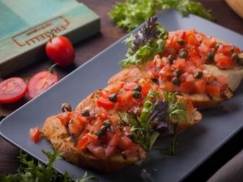 Bruschetta cu salsa de roșii