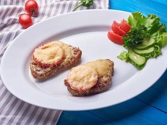 Pork steak with cheese