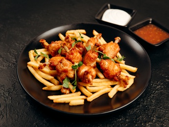 Chicken wings fries
