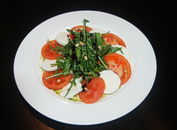 Salad Caprese with arugula