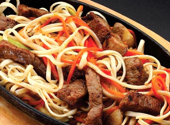 Tăiței udon cu carne de vită