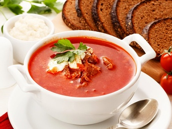 Red borsch with veal, sour cream and lard