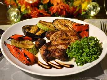 Grilled pork steak with vegetables