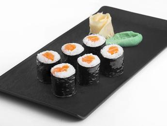 Maki with salmon
