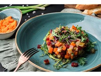 Vinaigrette salad with pumpkin