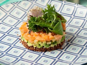Salmon tartare with quinoa and avocado