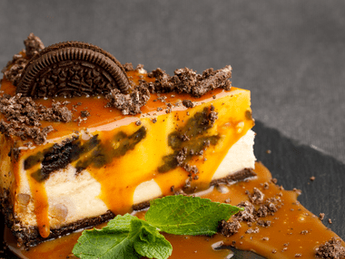 Oreo cheesecake with salted caramel