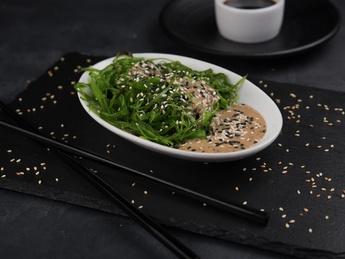 Salata Chuka