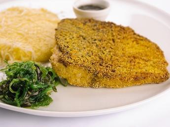 Grilled carp fillet or in corn flour