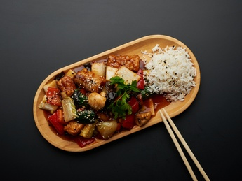 Carp in sweet and sour sauce