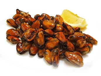 Mussels fried in soy sauce
