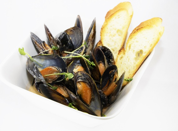 Mussels in Tom Yam sauce