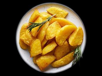 Запеченный картофель с розмарином