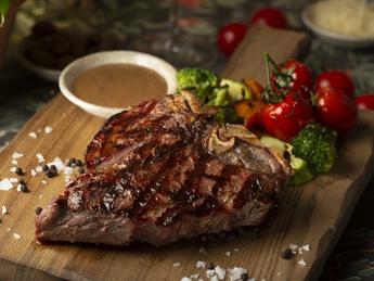 Florentine steak with pepper sauce
