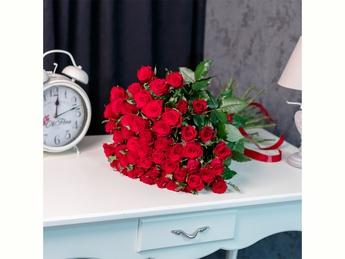 Red roses 40-60 cm