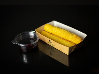 Cheese sticks with berry sauce
