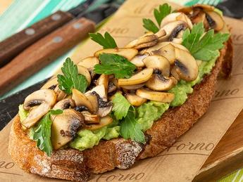 Bruschetta with mushroom and avocado
