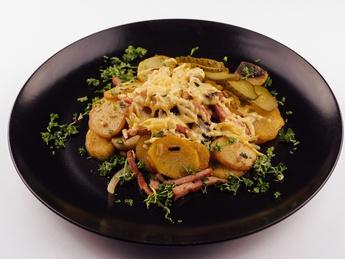 Картофель по-домашнему с беконом
